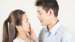 Hôi miệng từ cổ họng: Nguyên nhân, điều trị và cách phòng tránh