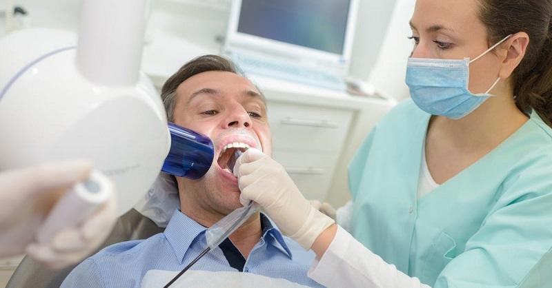 Bệnh nhân cần sớm đi thăm khám để có hướng điều trị cụ thể