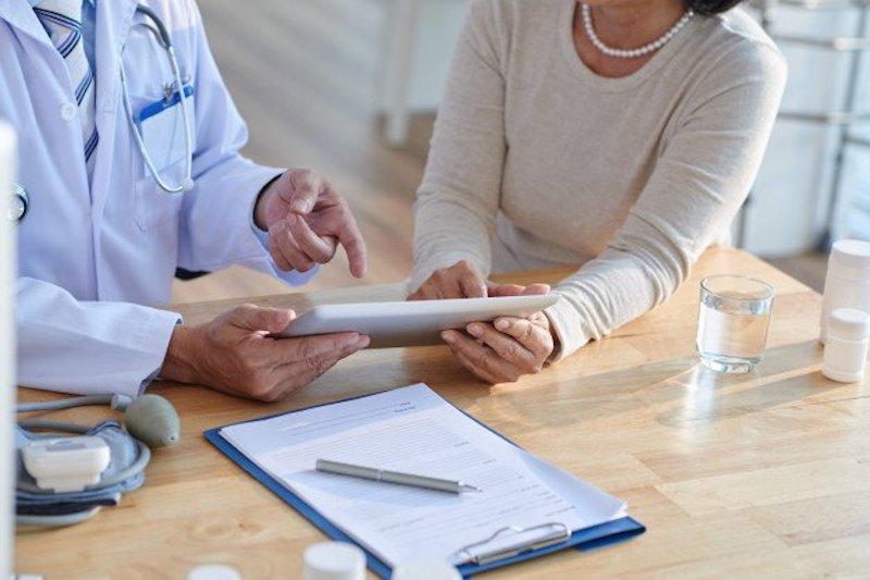 Hãy trao đổi thật kỹ với bác sĩ chuyên khoa trước khi quyết định phương án điều trị