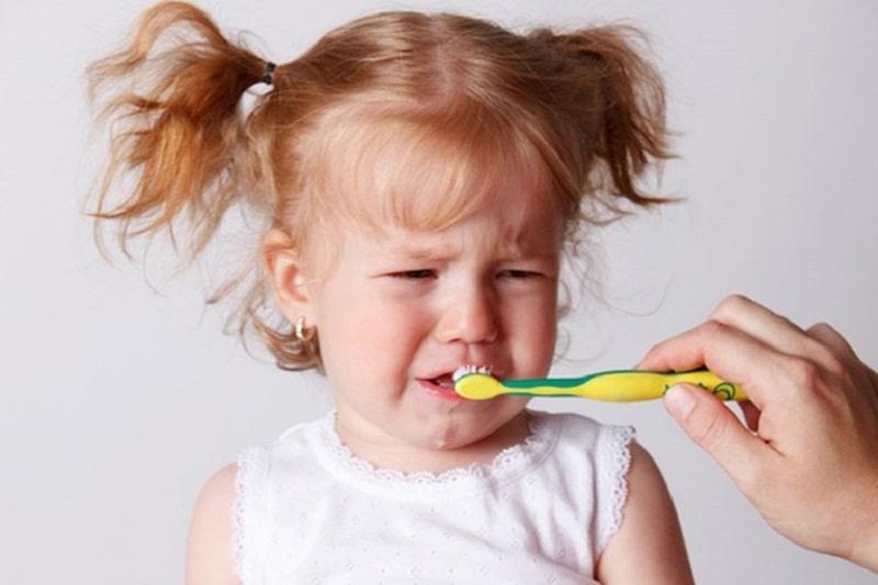 Vệ sinh răng miệng không sạch sẽ là nguyên nhân hàng đầu gây viêm lợi