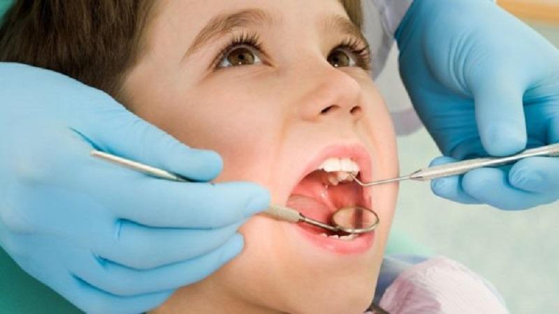 Khám răng định kỳ là điều cần thiết không chỉ với người mà còn với trẻ nhỏ, để bảo vệ răng miệng thật tốt