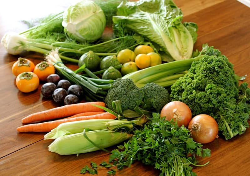Chất xơ trong rau xanh sẽ giúp loại bỏ cao răng một cách tự nhiên